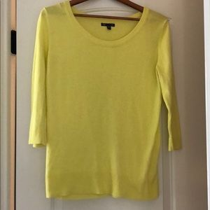 Gap yellow summer sweater